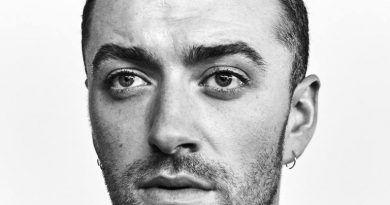 "Sam Smith estrena hoy nuevo vídeo de ""One Last Song"". Un nuevo tema incluido en el segundo álbum del artista ""The Thrill Of It All"". Sam Smith anuncia su esperado segundo álbum ""The Thrill Of It All"" que se pone a la venta el próximo 3 de noviembre bajo el sello de Capitol Records."